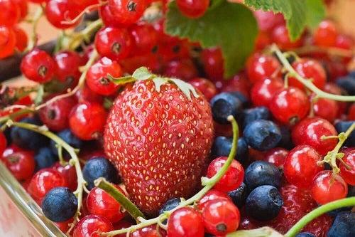 Tratamente externe și interne pentru varice cu fructe roșii