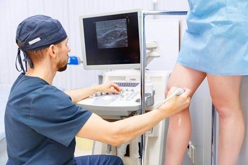 Tratamente externe și interne pentru varice pe picioare