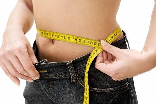 Beneficii pentru sănătate ale vinetelor precum pierderea în greutate