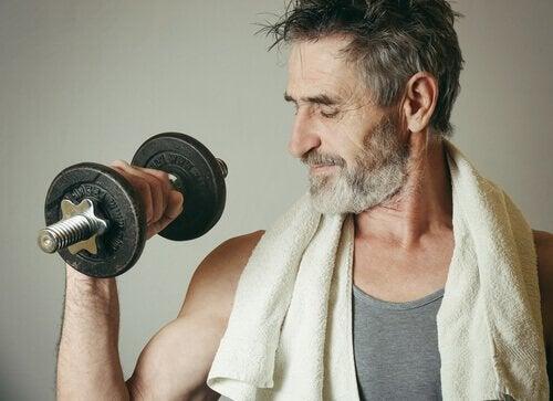 Cât sport trebuie să faci pentru a-ți tonifia musculatura