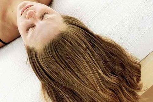 Fortificarea părului pe lista de motive să consumi quinoa
