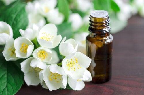 Glicerina vegetală pe lista de remedii naturale pentru limba albicioasă