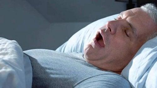 Legătura dintre diabet și tulburările de somn ce induce apneea