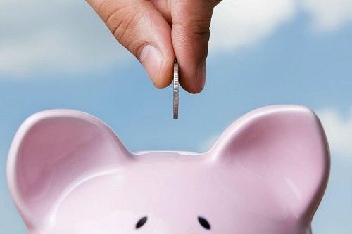 Metodă orientală de a economisi bani cu voință și răbdare