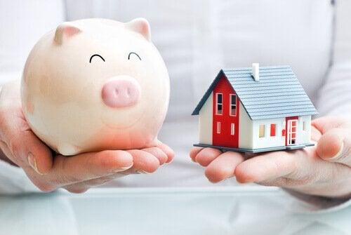 Metodă orientală de a economisi bani acasă