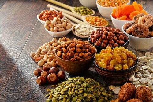 Pași pentru a-ți menține colonul sănătos printr-o alimentație echilibrată