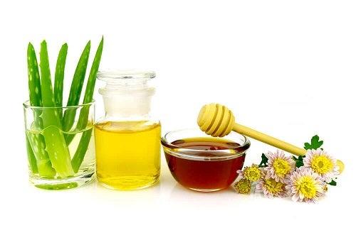 Rețete de demachiante naturale cu aloe vera și miere