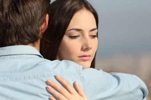 Stai cu partenerul tău de milă, teamă sau vinovăție?