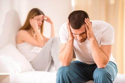 Tipuri de infidelitate precum lipsa de sinceritate