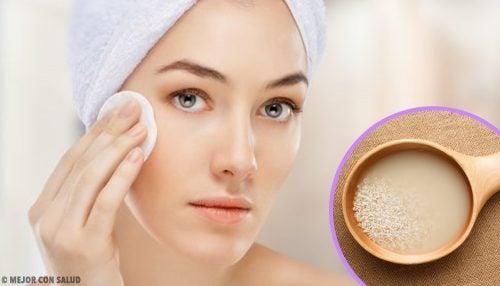 Trucuri pentru a menține tinerețea pielii gâtului cu vitamina E