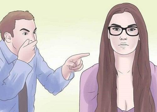 Abuzul verbal subtil în cuplu ca batjocură