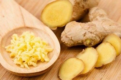 Beneficiile unui smoothie cu ananas și ghimbir