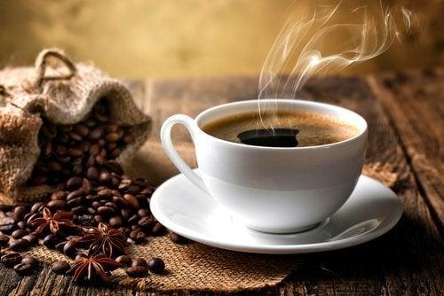 Cafeaua pe lista de alimente interzise după antrenament