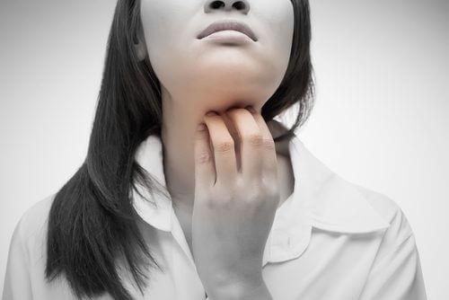 Ce sunt chakrele și care dintre ele este localizată în gât