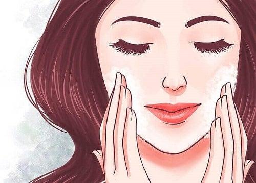 5 trucuri pentru o piele fină și sănătoasă