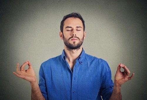 Cum să combați epuizarea emoțională prin stabilirea unui obiectiv