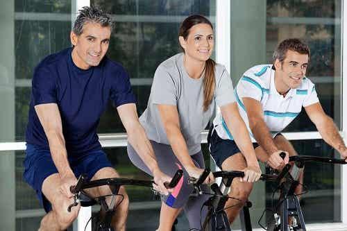 Exerciții recomandate după vârsta de 40 de ani