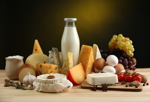 Nutrienți necesari după 40 de ani precum calciul