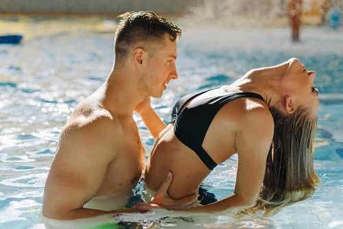 6 sfaturi pentru a face sex în apă cu riscuri minime