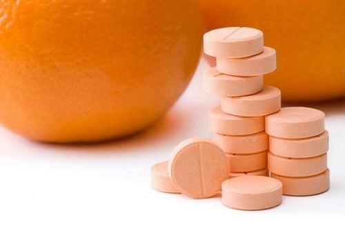 Tratamente pentru a elimina negii plani cu vitamina C