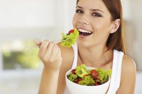 Trucuri pentru o piele fină și sănătoasă cu legume