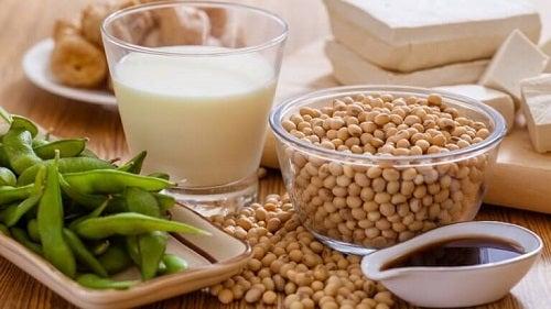 Alimente de evitat dacă suferi de hipotiroidism pe bază de soia