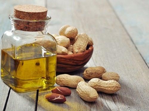 Arahide bogate în vitamine pentru o piele sănătoasă