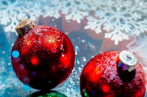 Ce să faci dacă urăști Crăciunul și toate decorațiunile strălucitoare