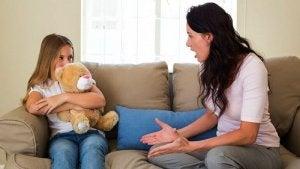 Cum să disciplinezi un copil rebel prin stabilirea anumitor reguli