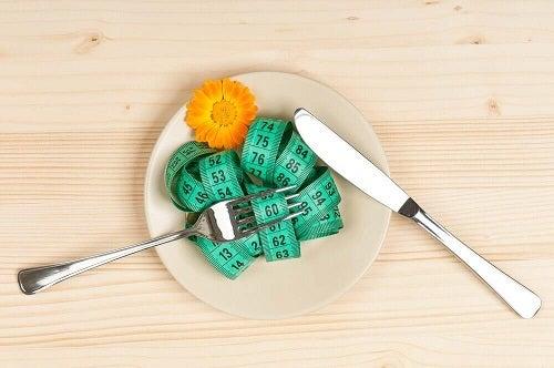 Cum să îți accelerezi metabolismul pentru a slăbi ușor