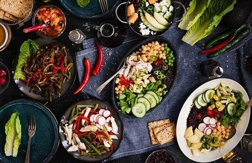 Diete care accelerează metabolismul sărace în grăsimi