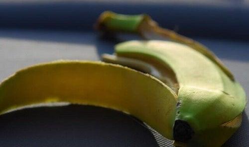 Diferențe între bananele plantain și cele obișnuite privind numărul de calorii