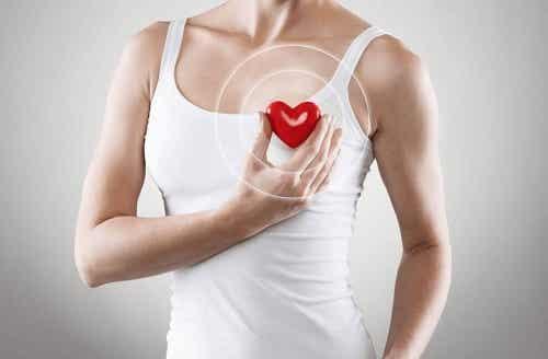 6 exerciții cardio de făcut acasă