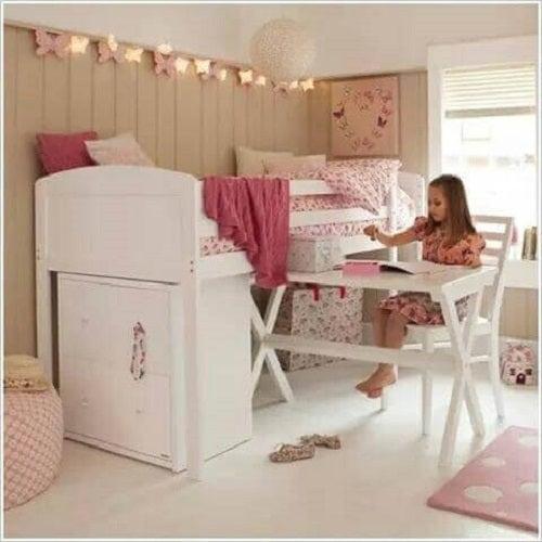 Lucruri care trebuie evitate în dormitor precum cutii și alte obiecte sub pat