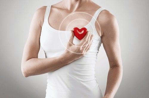 Motive pentru a bea vin roșu precum protejarea sănătății inimii
