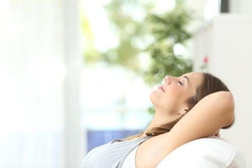 Obiceiuri pentru o locuință ordonată ce induc relaxarea