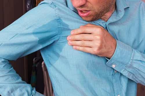 5 remedii pentru prevenirea transpirației la subraț