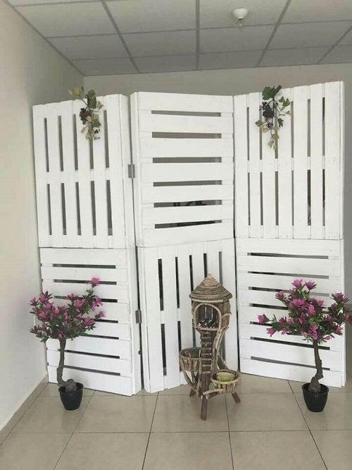 Separatoare de cameră elegante din materiale reciclate