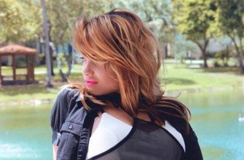 7 sfaturi pentru femeile cu părul subțire