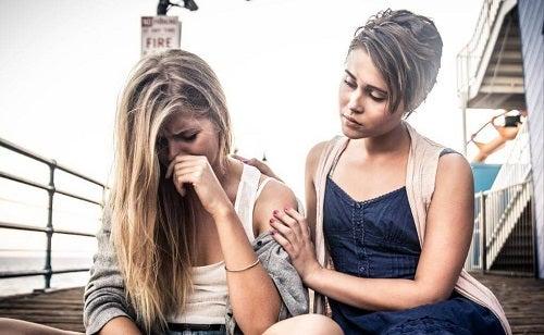 Trăsături ale oamenilor cu o mentalitate de victimă afectând o prietenie