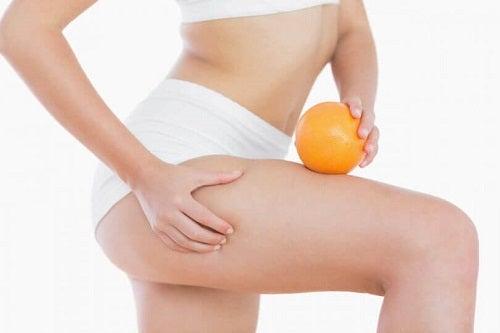 Tratamente anticelulită cu sâmburi de avocado ce îmbunătățesc aspectul pielii