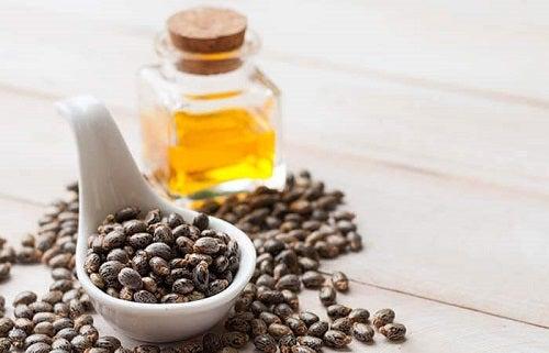 Ulei de ricin în tratamente naturale pentru ridurile de pe frunte