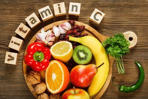 Vitamina C printre principalele vitamine pentru o piele sănătoasă