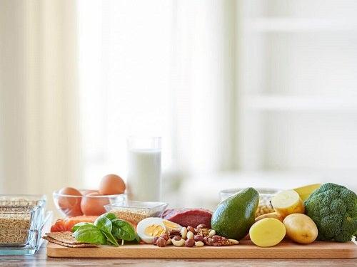Alimente sănătoase cu ajutorul cărora postul intermitent ajută la slăbit