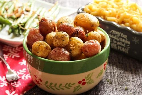 Învaţă cum să prepari cartofi sănătoşi şi delicioşi