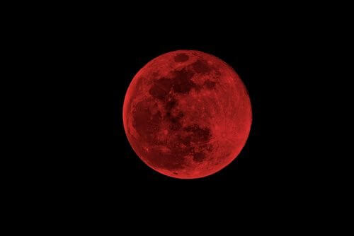 Efectele lunii asupra oamenilor când este sângerie