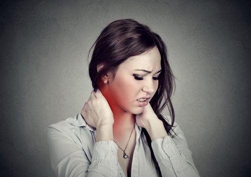 4 exerciții pentru ameliorarea durerii cervicale