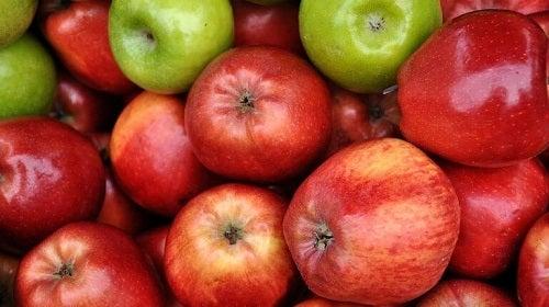 Consumul de mere pe lista de metode naturale de combatere a hipertensiunii