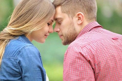 Merită să te împaci cu fostul iubit printr-o decizie comună