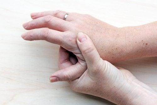 Piele prezentând simptome inițiale ale cancerului